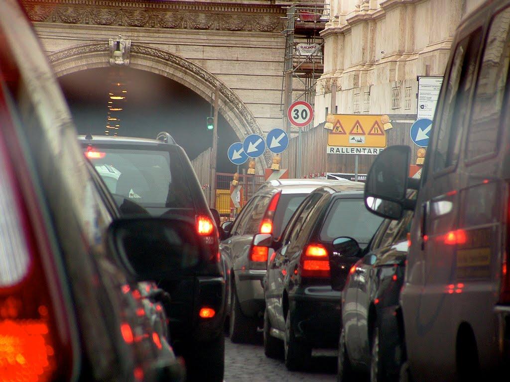 traffico%20smog%20inquinamento.jpg