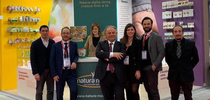 Natura_Nuova_in_fiera_al_centro_il_ fondatore_Gabriele_Longanesi